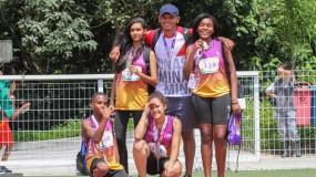 Que exemplo! Com campeão mundial como guia, atleta deficiente visual conquista o ouro nas Paralimpíadas Escolares