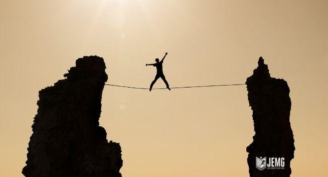Heróis da corda bamba: vencendo desafios e superando metas.